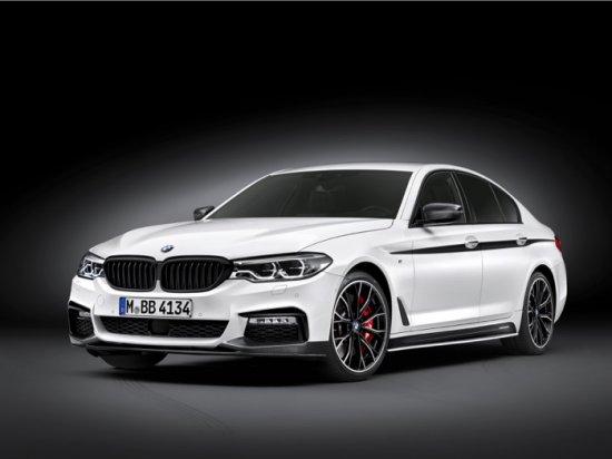 Страст към моторните спортове в бизнес класа: новото BMW Серия 5 Седан с BMW M Performance аксесоари