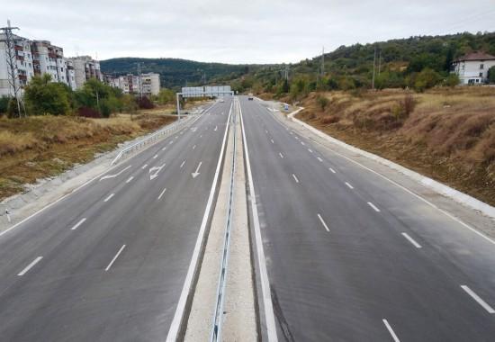 Завърши рехабилитацията на околовръстния път на Ловеч. Близо 9-километровата отсечка, част от