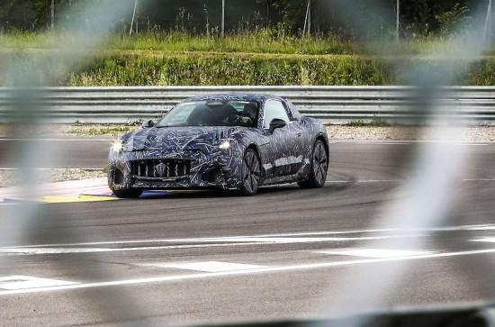 Maserati обяви, че компанията е сглобила първата прототипна бройка на първата