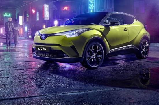 Снимка: Toyota вади лимитирана серия C-HR Neon Lime