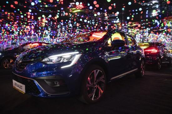 Снимка: Renault представя новото CLIO с първата Infinity стая в България