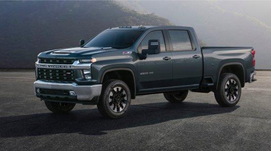 Chevrolet разпространи първите изображения на изцяло новото поколение на хитовото си Silverado