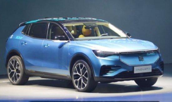 Новият китайски кросовър Enovate ME7 ще се предлага не само на