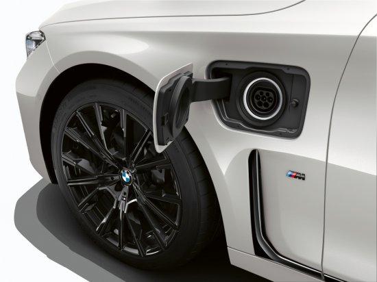 BMW разпространи първите подробности за участието си на тазгодишното международно изложение в