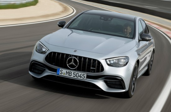 Mercedes-AMG приведе същността на марката си в крак с най-новите технологии