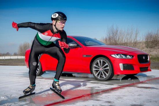 Източник: Новият Jaguar XE 300 SPORT направи своя дебют, като постави