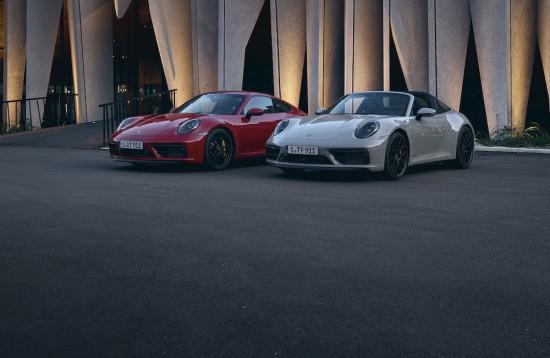 Две години и половина след пазарното лансиране на гамата 992, Porsche