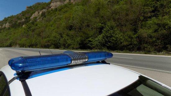 Продължават проверките на полицията в рамките на ежедневния засилен контрол по пътищата