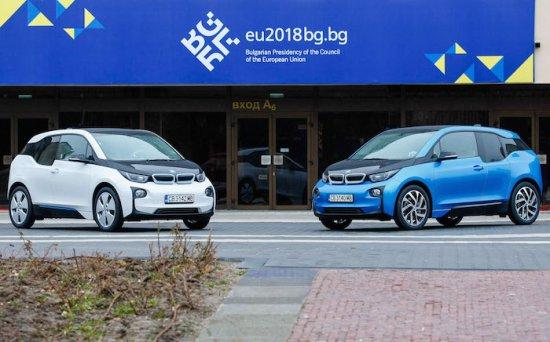 Източник: www.bmw.bg BMW Group България предоставя два електрически автомобила BMW i3