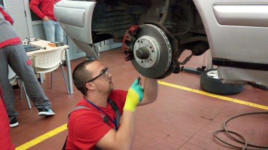 За втора поредна година възпитаници на професионалните технически гимназии в България участват