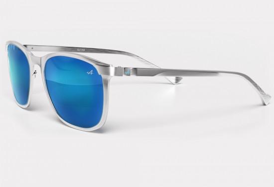 Снимка: Alpine с колекция очила