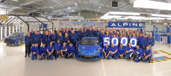 Снимка: Alpine произведе 5000 представителя на A110