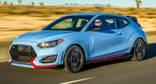Успоредно премиерата на новия Veloster, североамериканското подразделение на Hyundai разпространи и първите