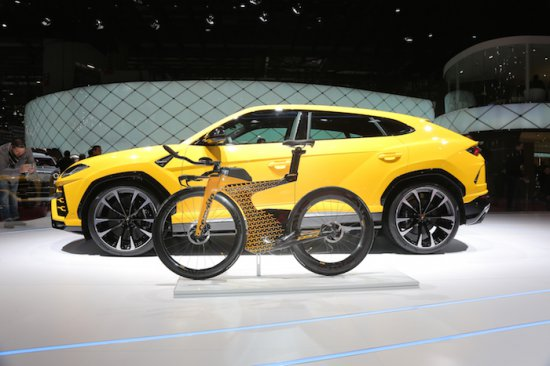 По време на тазгодишното изложение в Женева, на щанда на Automobili
