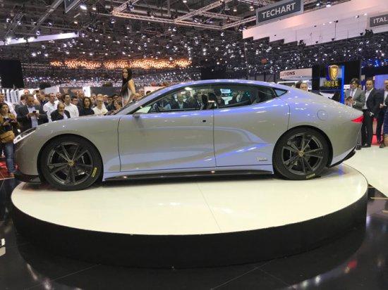 Нов китайски автопроизводител демонстрира в Женева амбициозен план за лансиране на фамилия