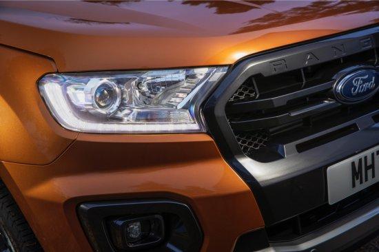 Снимка: Ford RANGER с нов мощен дизел и нова автоматична трансмисия. Тегли 15 каравани