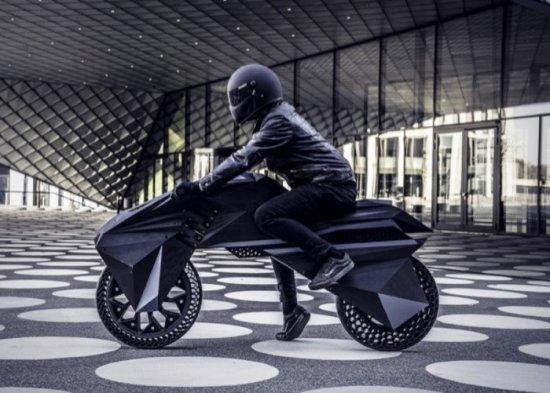 На пазара вече има доста предложения за електрически мотоциклети и скутери, които