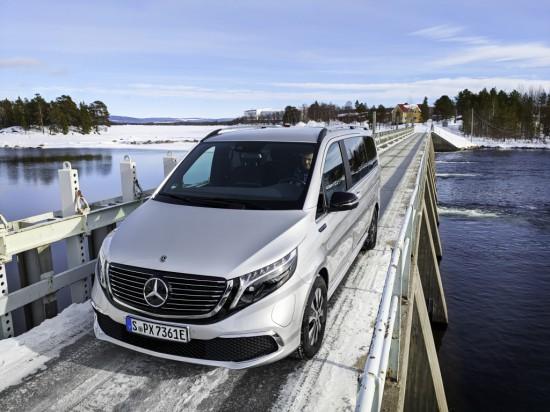 Mercedes-Benz обяви, че компанията провежда финални екстремни зимни изпитания на изцяло електрическия
