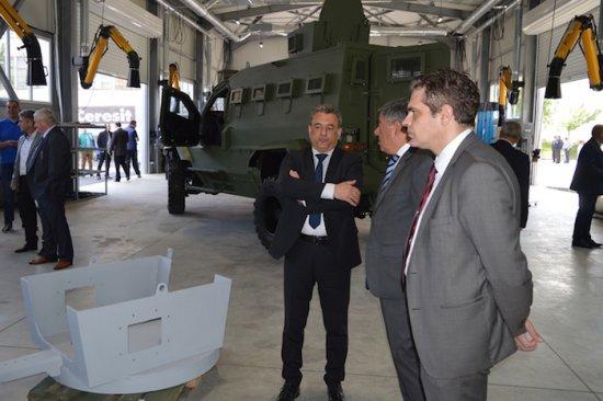 Заместник-министърът на икономиката Лъчезар Борисов участва в официалното откриването на първата в