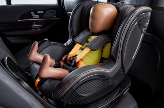 Безопасността на децата е от първостепенно значение за родителите. Автопроизводителите също мислят