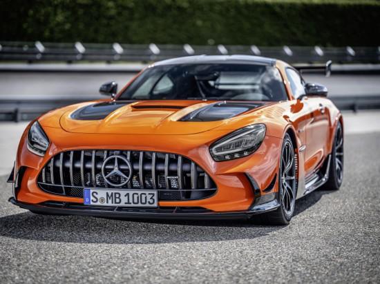 Днес спортното подразделение на Mercedes-Benz- Mercedes-AMG, обяви, че в дилърските центрове на