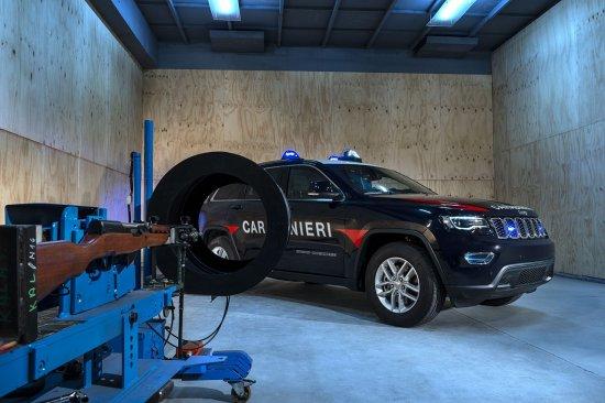 Jeep анонсира, че компанията е доставила флота от 19 специално подготвени представителя