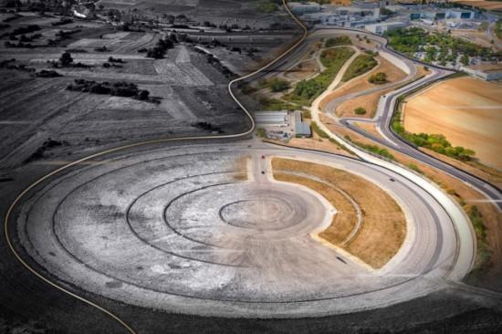 Центърът за развитие и тестове на Porsche във Вайсах завърши първия
