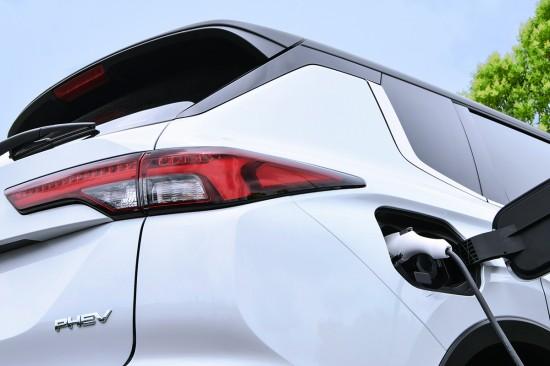 Mitsubishi Motors обяви, че в края на тази година или началото