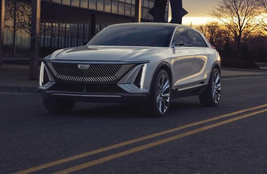 Cadillac разкри изображения и информация за първата в историята на легендарната марка