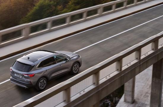 Ford обяви, че благодарение на трите си основни хибридни задвижващи версии, новото
