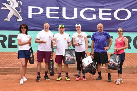 Победителите в най-големия любителски тенис турнир за смесени двойки в страната са