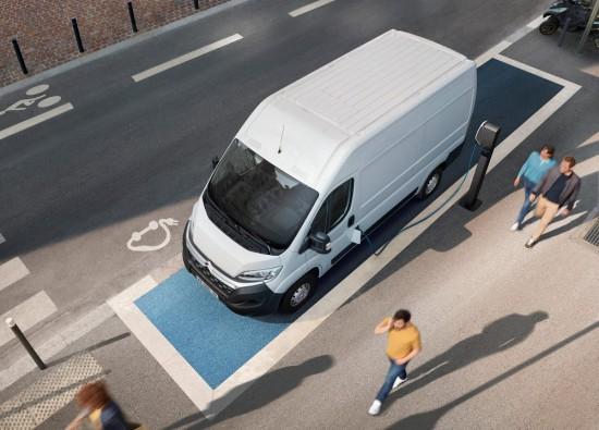 Професионалната гама автомобили на CITROEN е представена на специализираното изложение Truck Expo