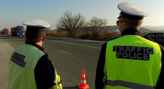 Специализираната полицейска операция е насочена към предотвратяване на нерегламентирани състезания с моторни превозни