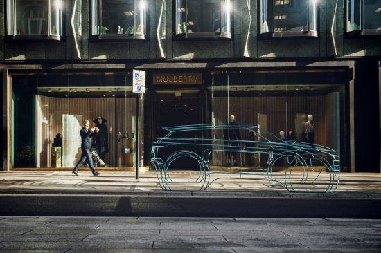 Land Rover обяви, че официалната премиера на новия Range Rover Evoque