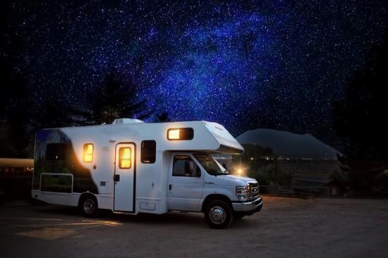Животът в кемпер или караван може да бъде много удобен. Някои