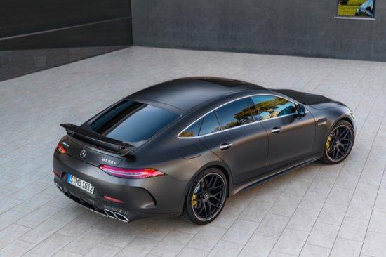 Основен акцент на щанда на Mercedes-Benz в Женева тази година безспорно