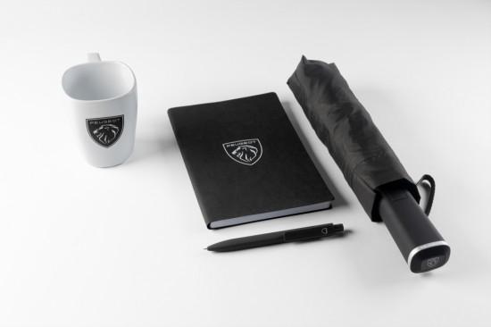 PEUGEOT анонсира новата си Lifestyle колекция за феновете на марката, която