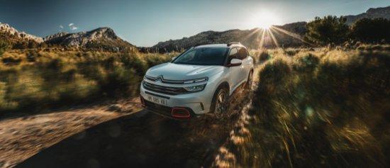 Източник: Citroën представя европейската версия на C5 Aircross, с което продължава