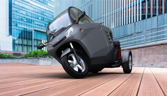 Холандската компания Carver представи през 2007-а година триколесен двуместен автомобил по време