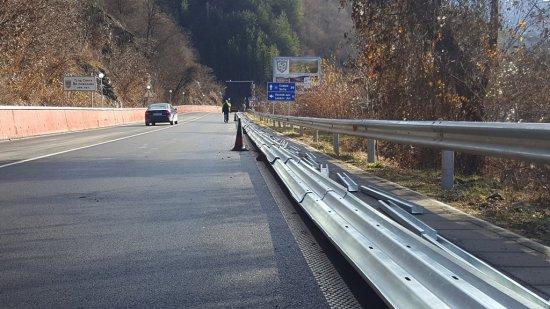 На пътя Своге - София се поставя най-високият клас обезопасителни системи, каквито
