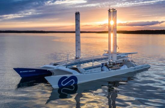 Корабоплаването е силно критикувано най-вече поради значителните емисии на вредности. Но има