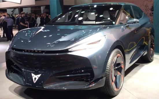 •CUPRA показва концептуалния автомобил Tavascan, първият изцяло електрически автомобил на марката •plug-in
