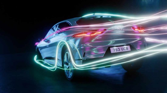 Днес производителят на луксозни автомобили JAGUAR LAND ROVER разкри допълнителни подробности за